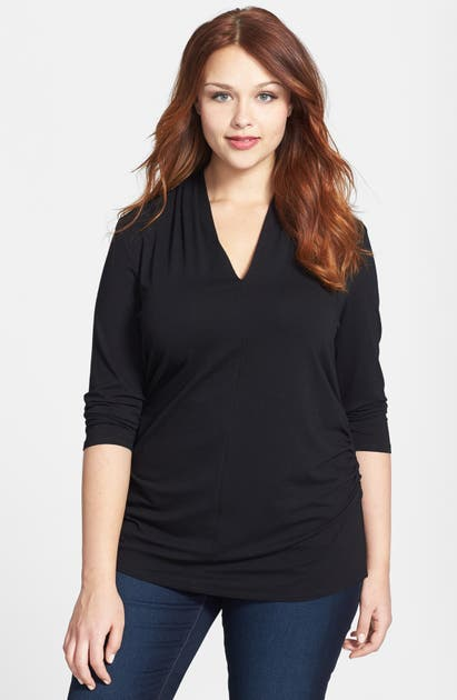 Vince Camuto Tops PLEATED V-NECK TOP