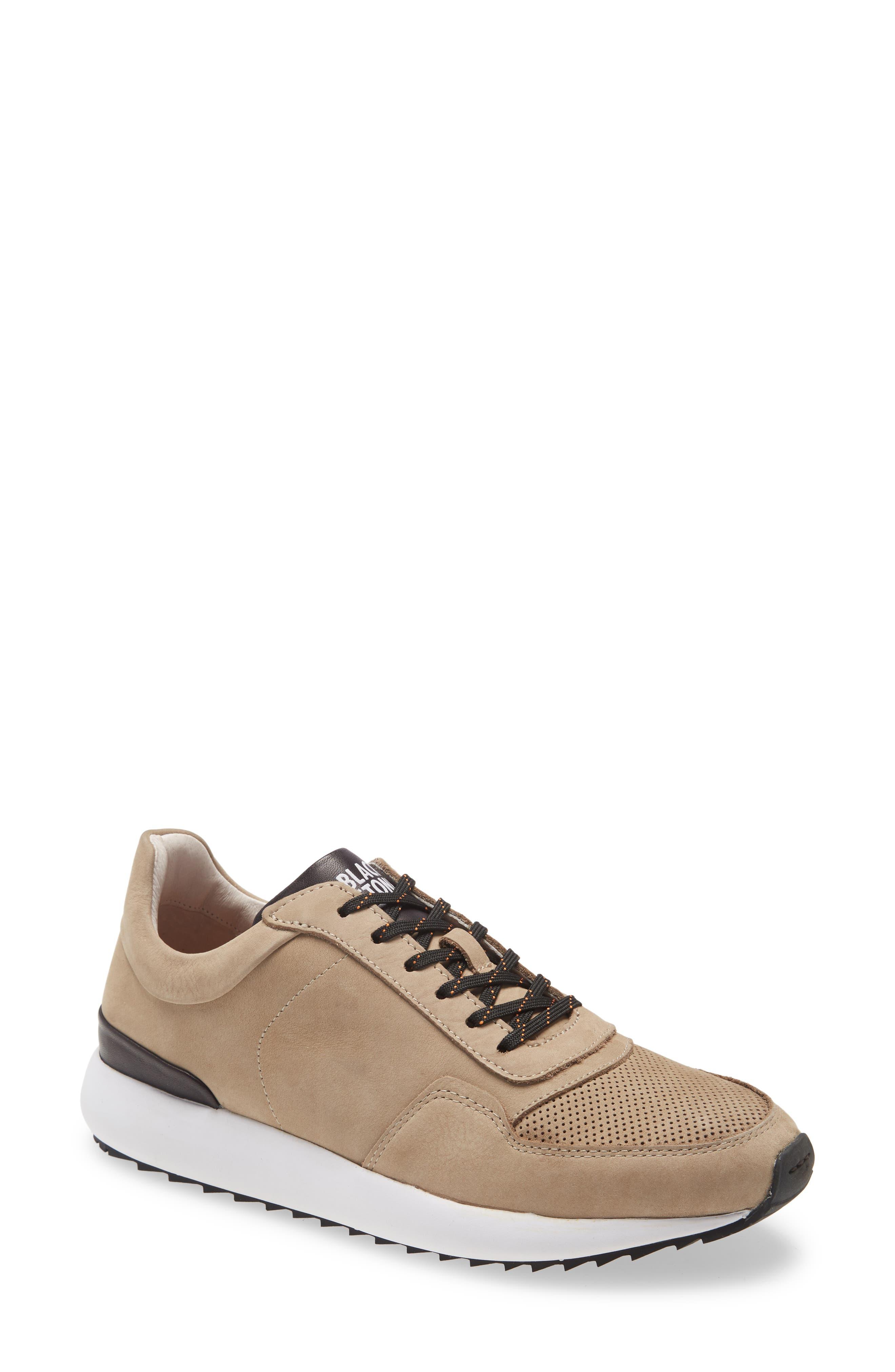 Tg02 Low Top Sneaker