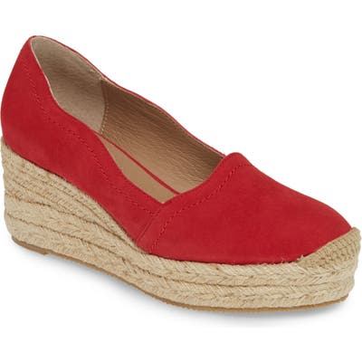 Bettye Muller Concepts Reese Wedge Pump, Red