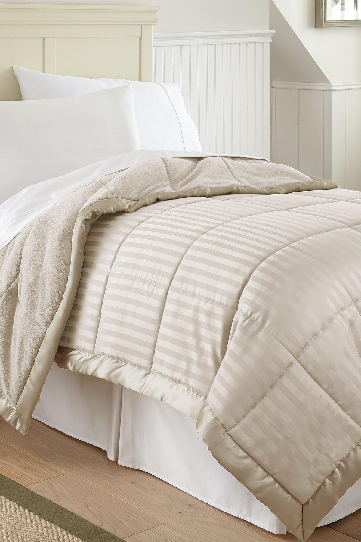 Modern Threads Full/Queen Down Alternative Blanket - Dusty Brown at Nordstrom Rack
