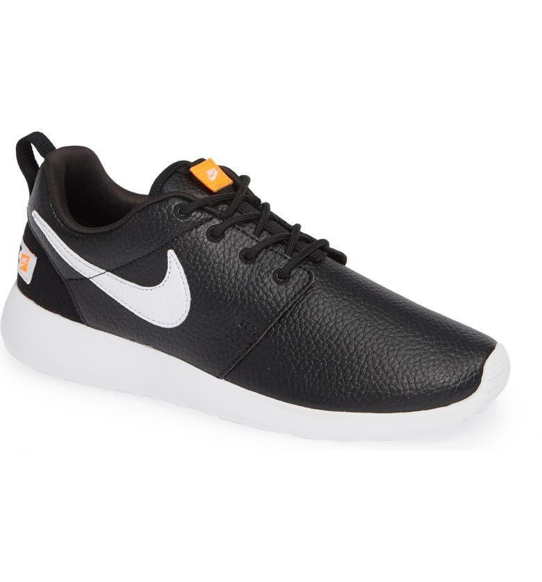 finest selection e037f 509fb 'Roshe Run' Print Sneaker