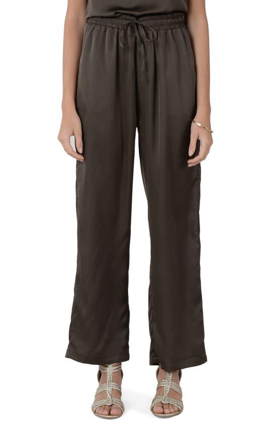 Molly Bracken Drawstring Wide Leg Pants In Khaki