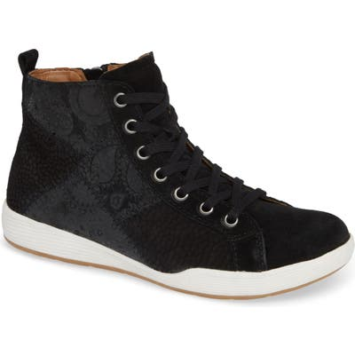 Comfortiva Lupine Sneaker, Black