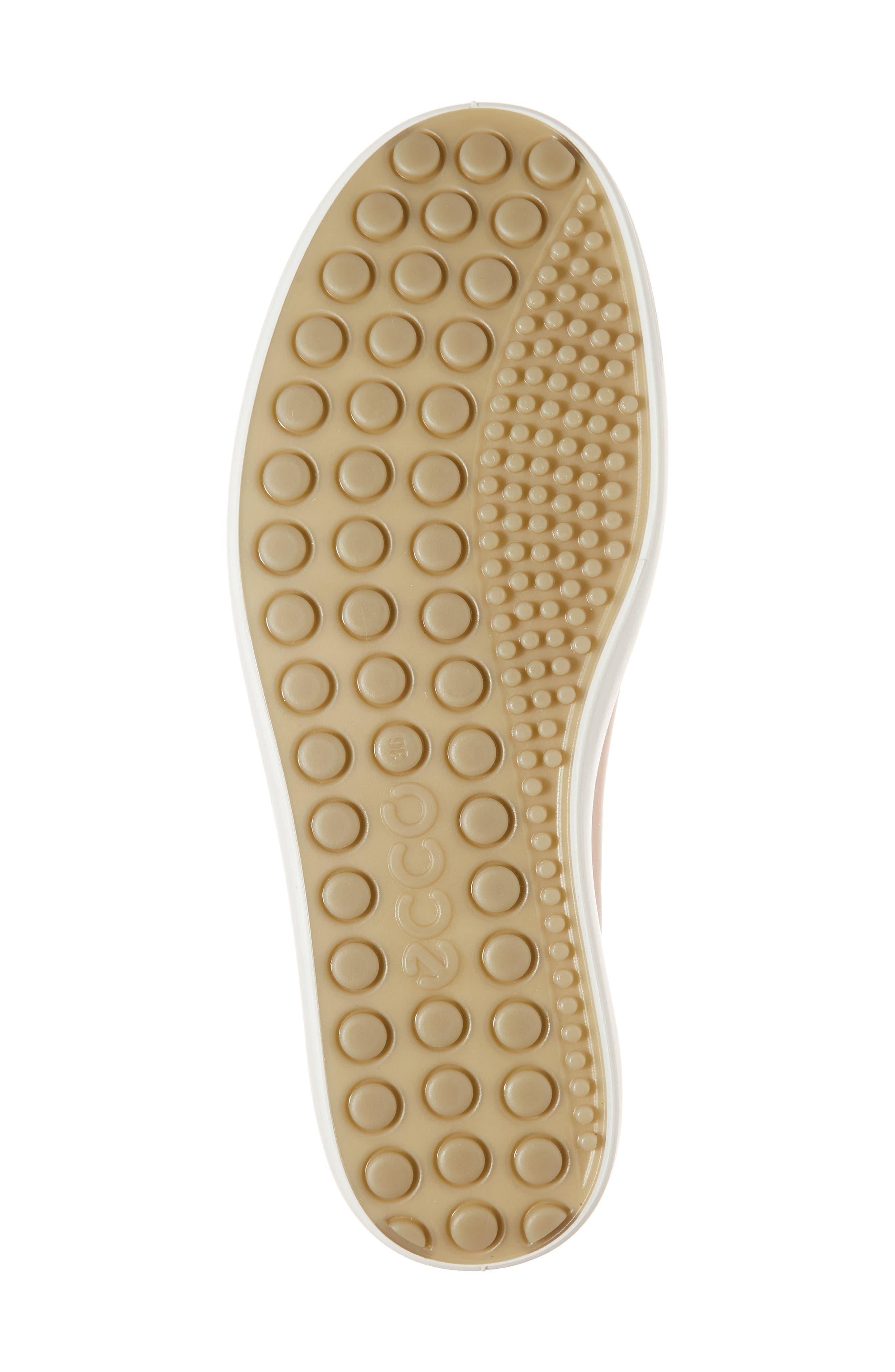,                             Soft 7 Sneaker,                             Alternate thumbnail 167, color,                             689