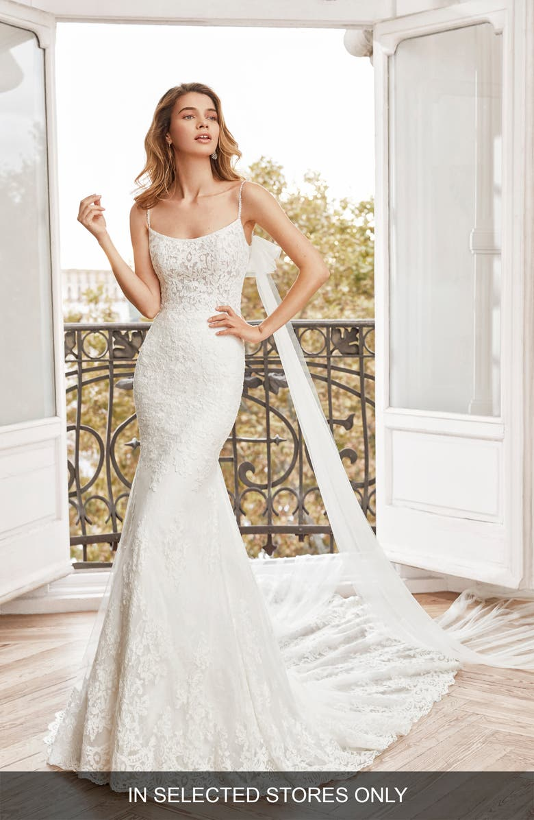 AIRE BARCELONA Newark Lace Mermaid Wedding Dress, Main, color, NATURAL