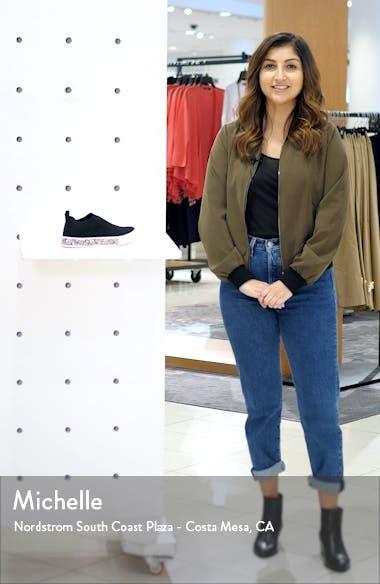 Azami Sneaker, sales video thumbnail