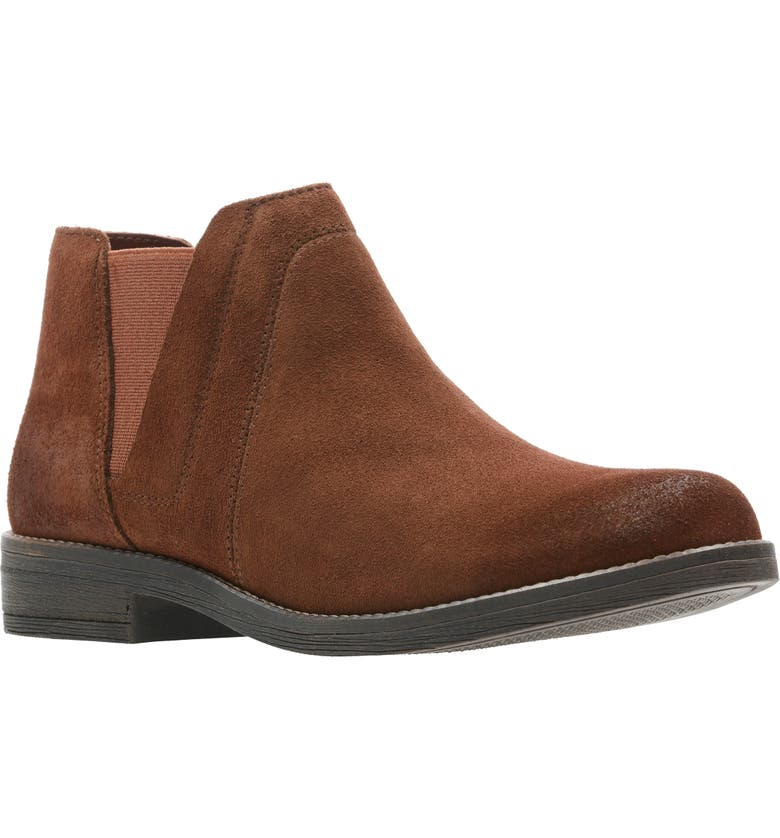 CLARKS<SUP>®</SUP> Demi Beat Chelsea Boot, Main, color, TAN SUEDE