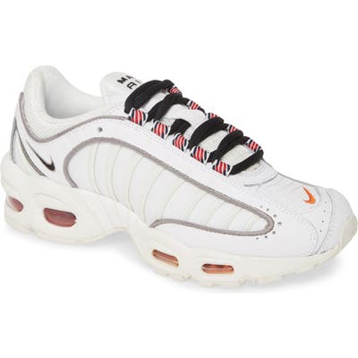 Nike Air Max Tailwind Iv Se Sneaker, White