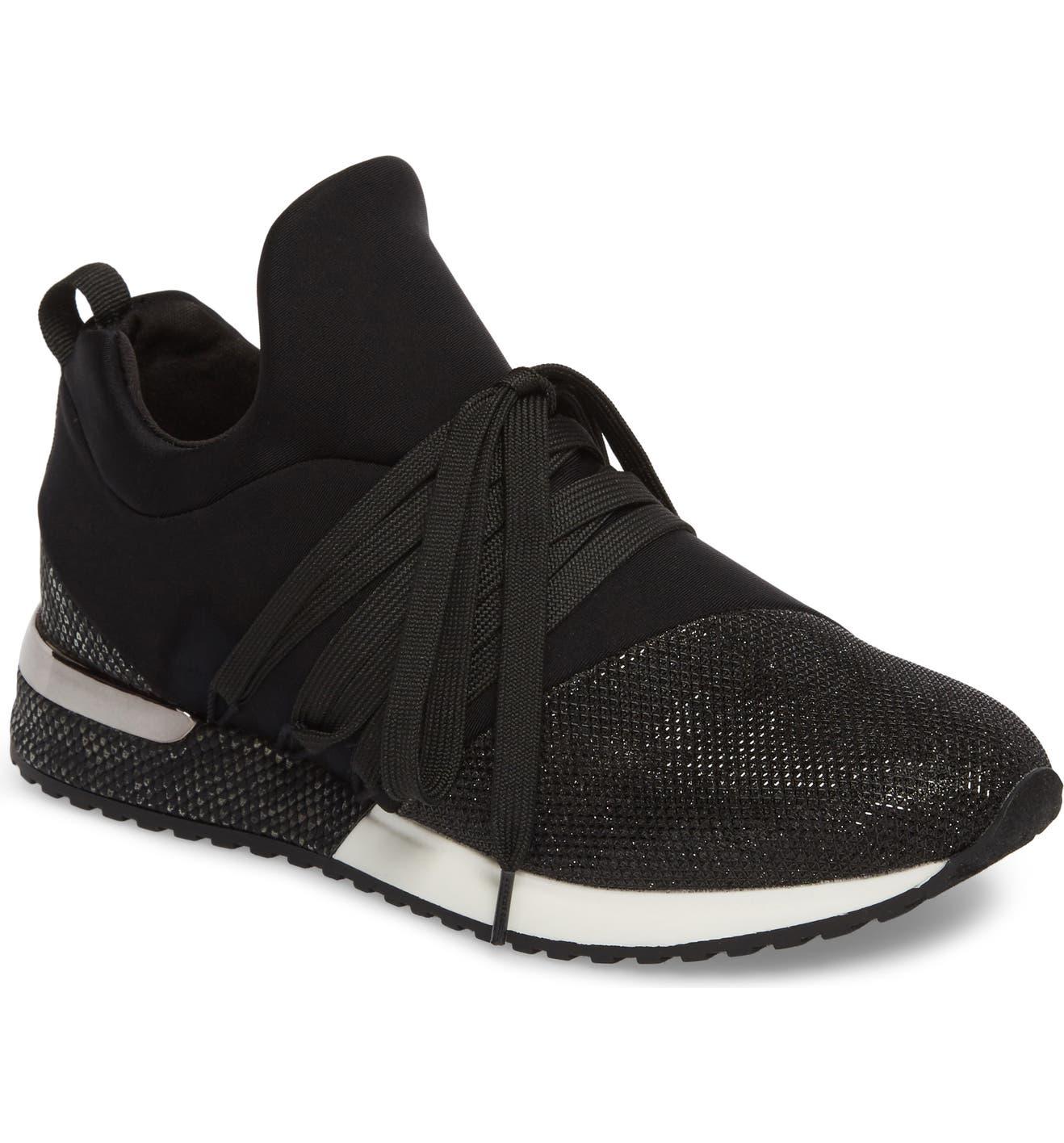 56a8c8a042dd1 Zorro Sneaker