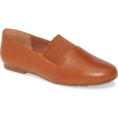 Gentle Souls Signature Lilah Ruffle Flat, Brown
