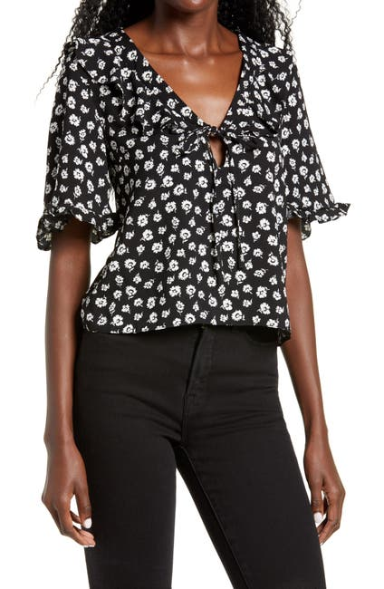Image of TOPSHOP Maisie Floral Frill Keyhole Blouse