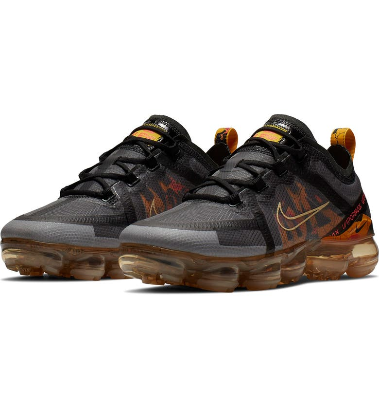 NIKE Air VaporMax 2019 SE Sneaker, Main, color, BLACK/ VANILLA/ CRIMSON/ GOLD