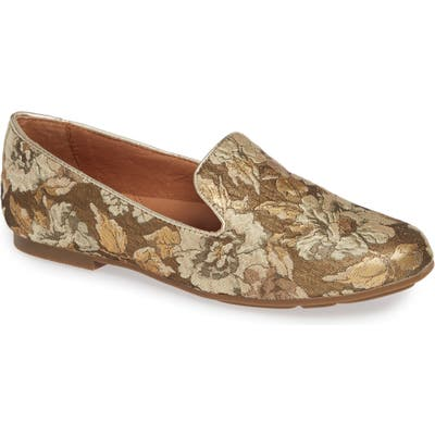 Gentle Souls By Kenneth Cole Eugene Flat, Metallic