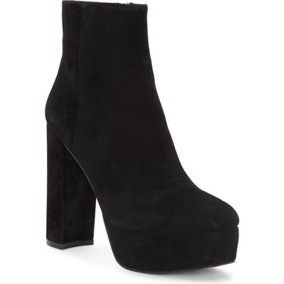 Vince Camuto Leslieon Square Toe Platform Boot- Black