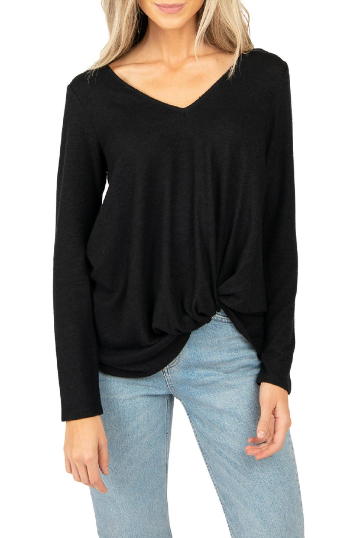 Image of Gibsonlook Cozy V-Neck Twisted Hem Top