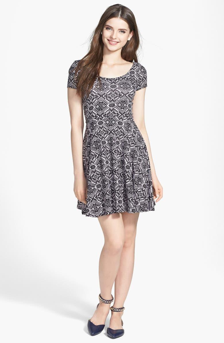 SOPRANO 'Chloe' Scoop Neck Skater Dress, Main, color, 001