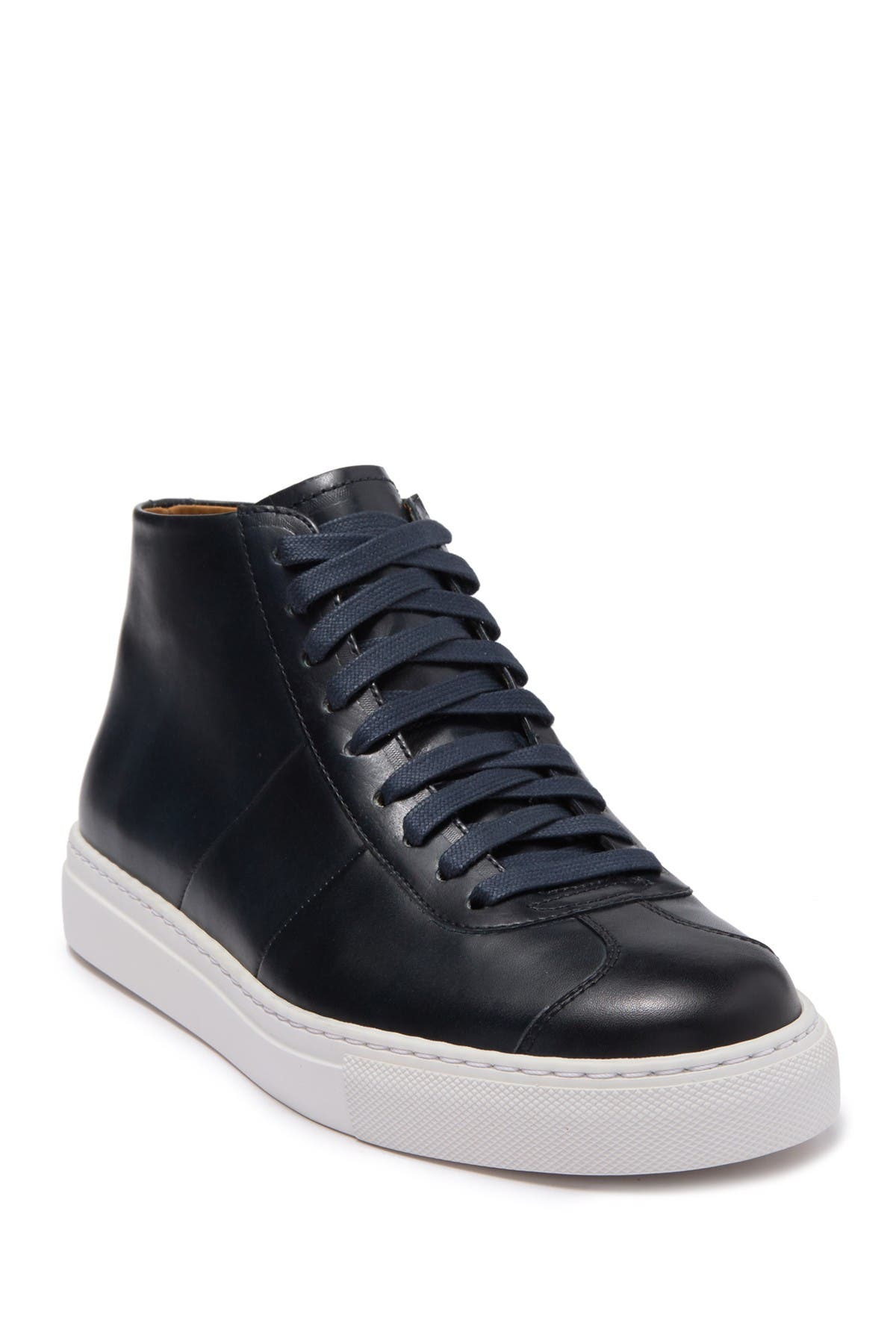Image of Magnanni Elias Mid Leather Sneaker