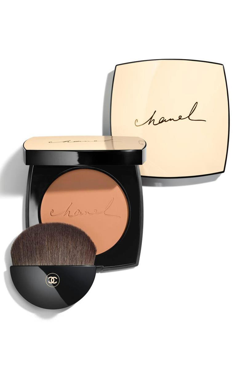 CHANEL LES BEIGES <br />Exclusive Creation Healthy Glow Sheer Powder, Main, color, 70