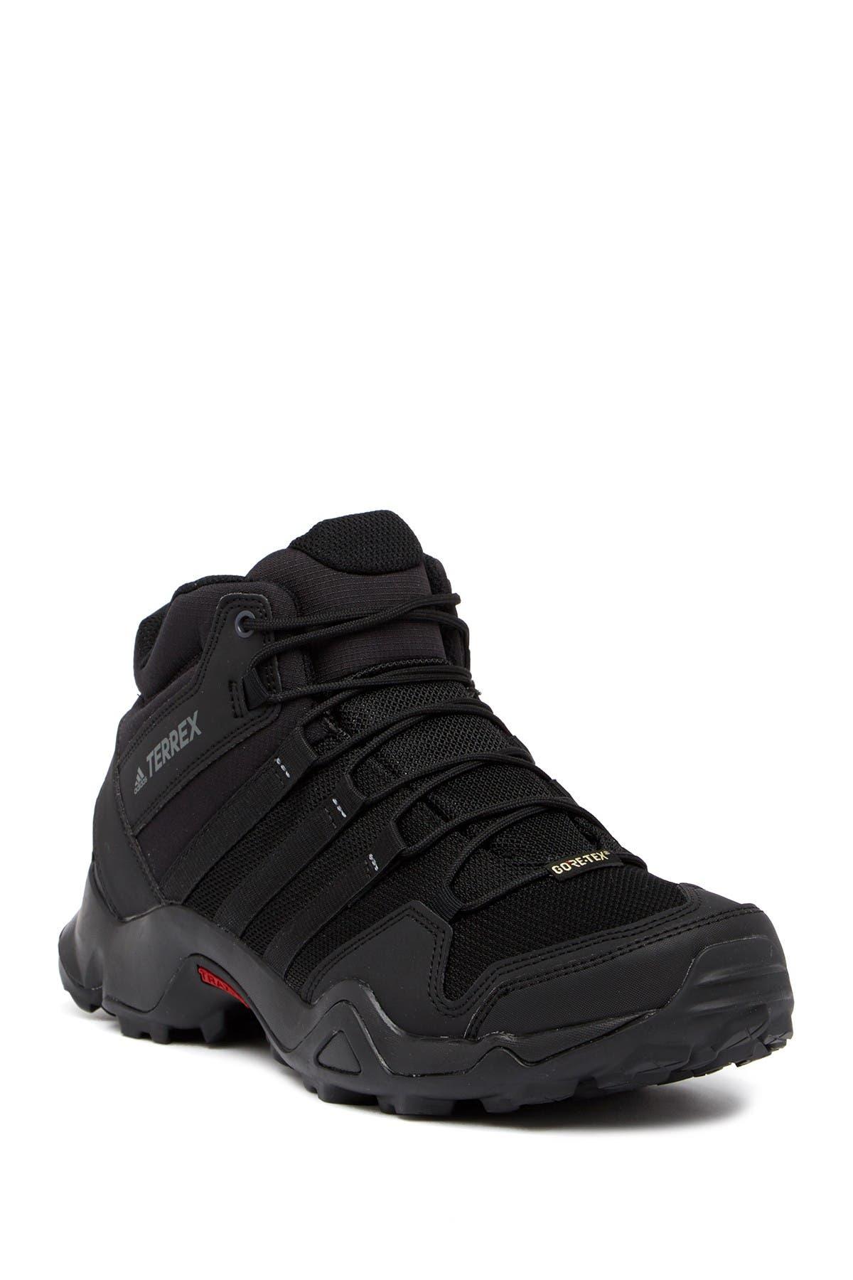adidas | Terrex AX2R Mid GTX Sneaker