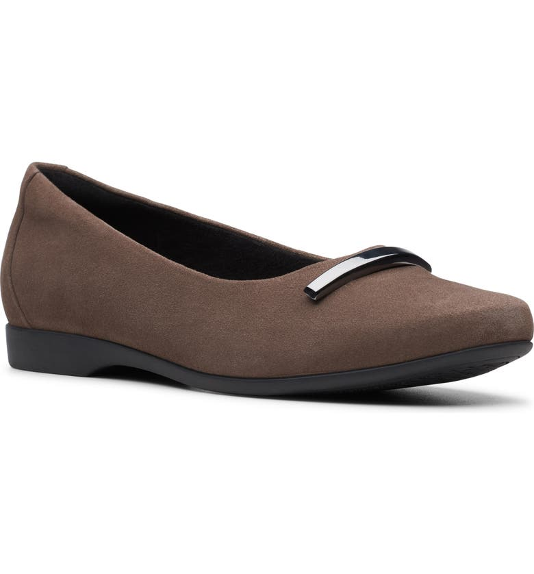 CLARKS<SUP>®</SUP> Un Darcey Way Ballet Flat, Main, color, TAUPE SUEDE
