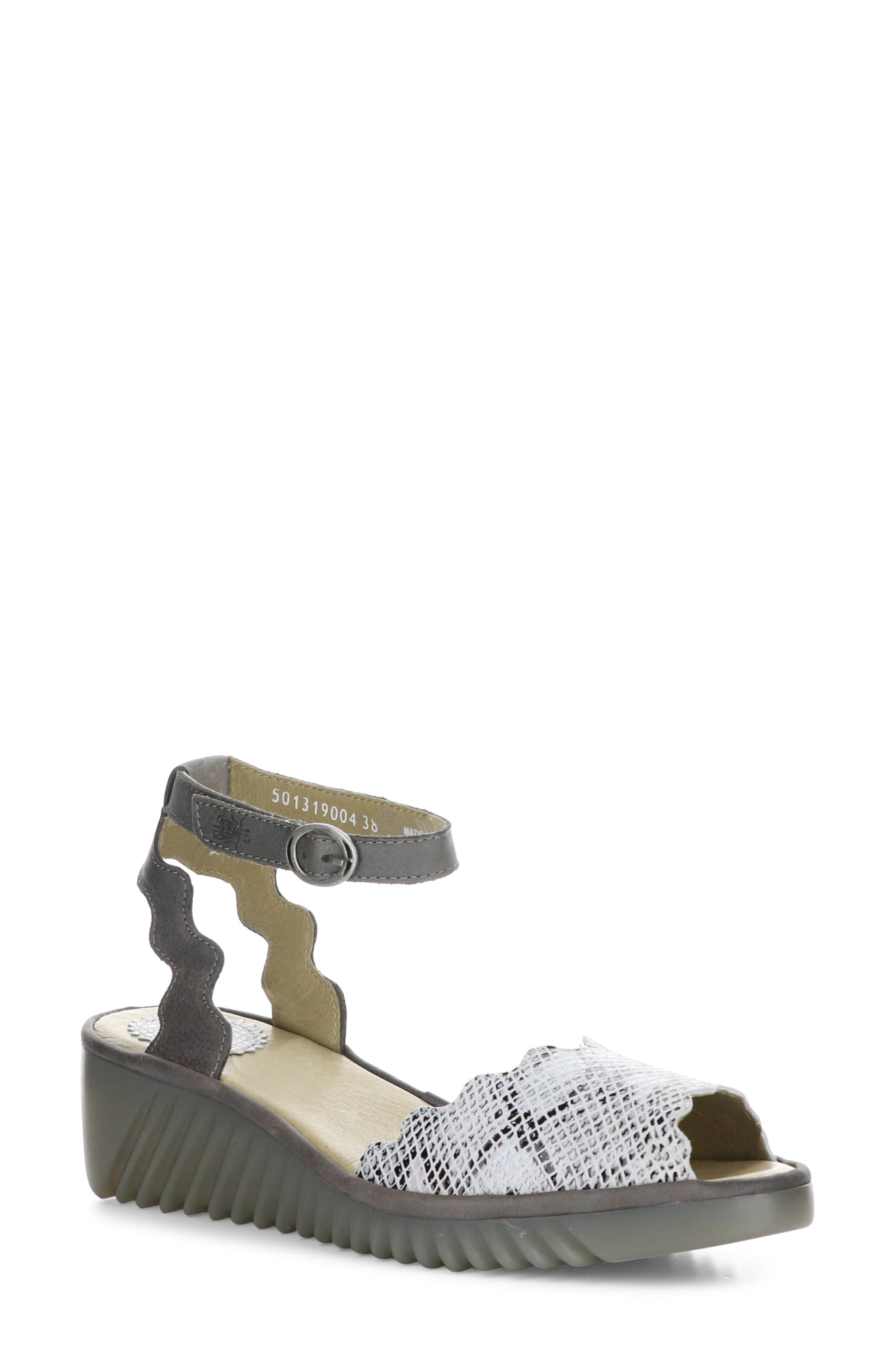 Lume Ankle Strap Sandal