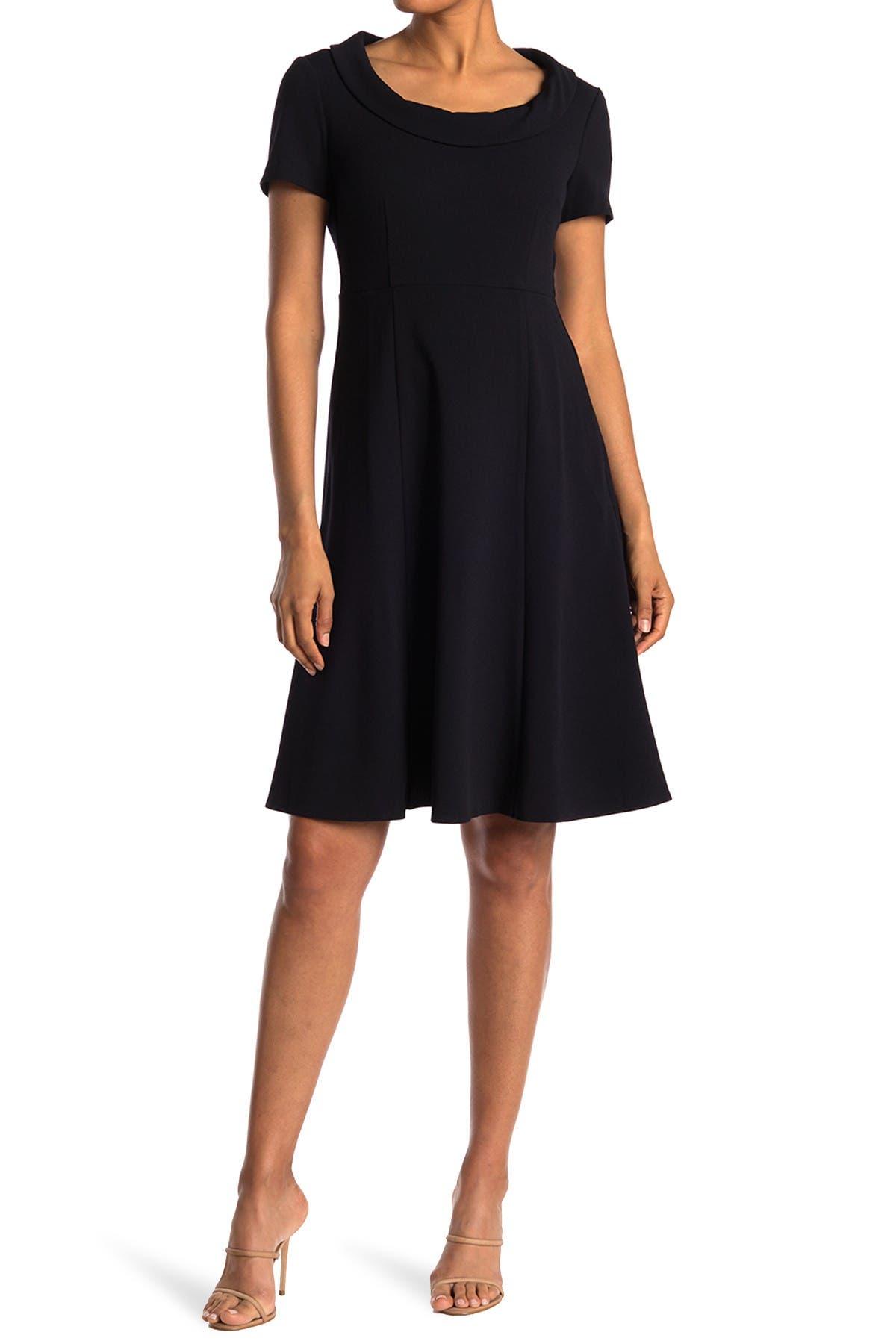Image of Donna Morgan Short Sleeve Stretch Crepe Dress