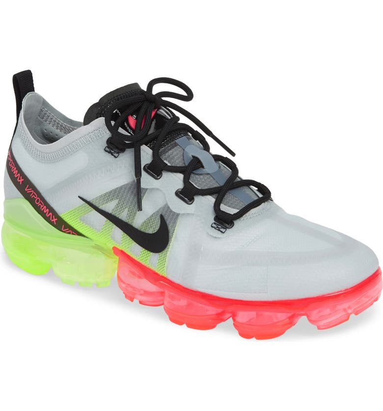 NIKE Air VaporMax 2019 Running Shoe, Main, color, 060