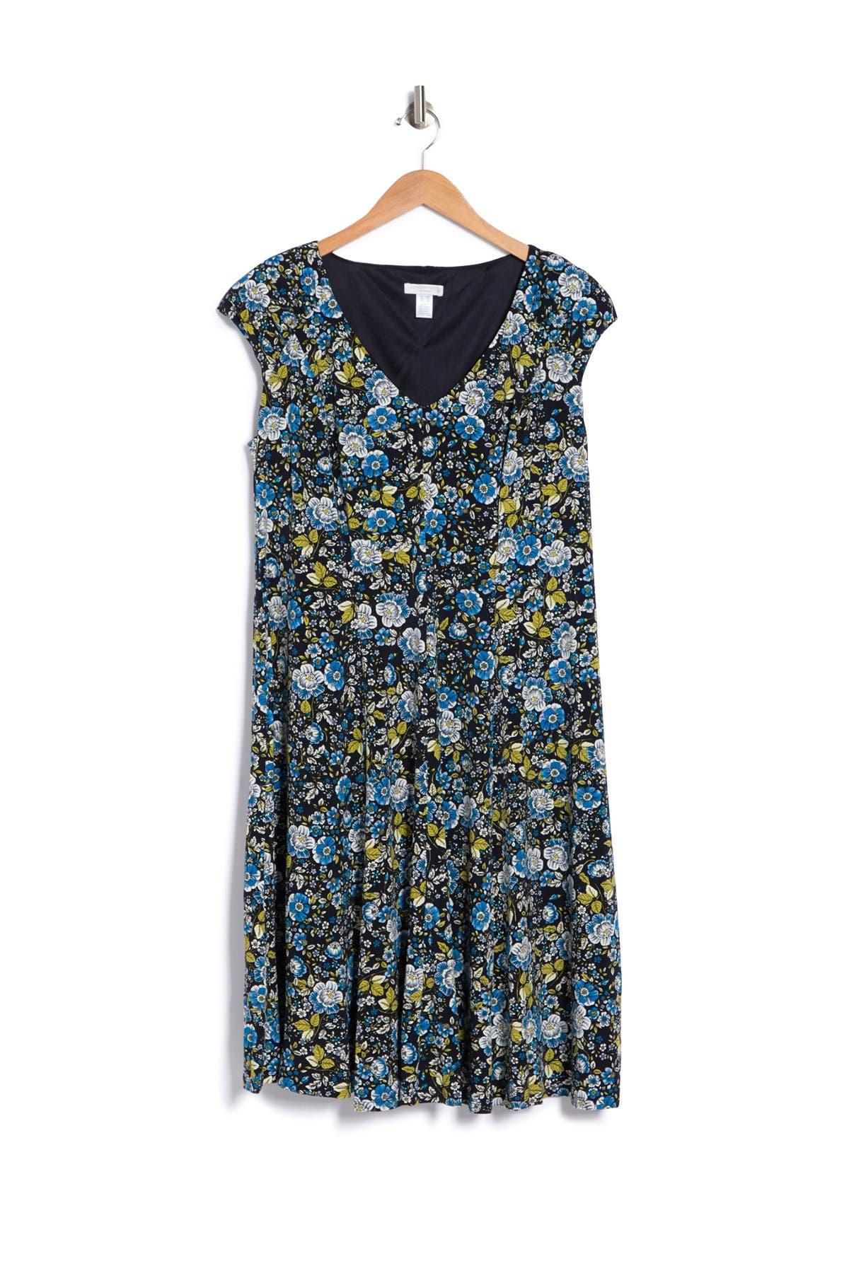 LONDON TIMES FLORAL MIX SCATTER PETAL PRINT V-NECK DRESS