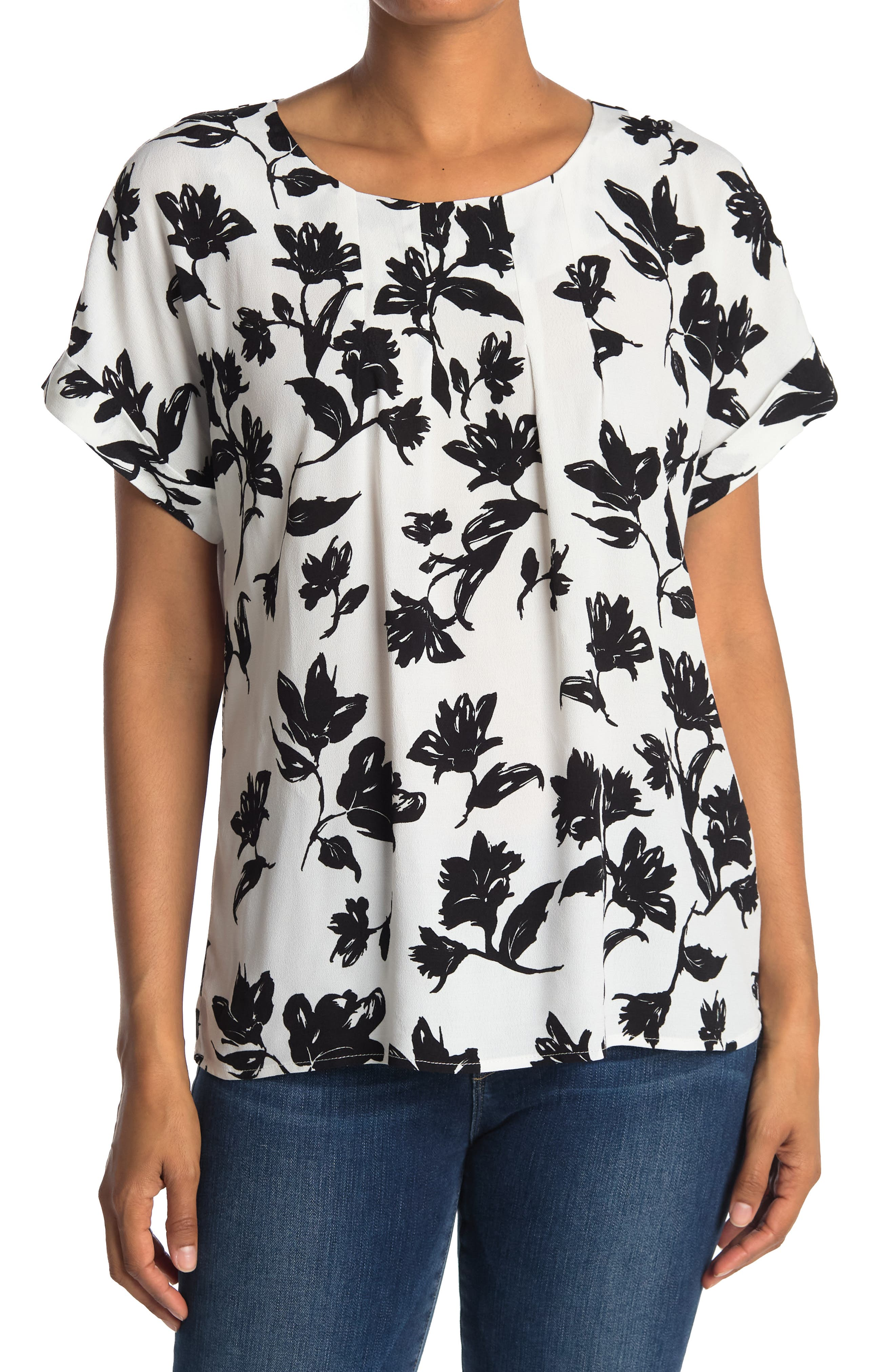 Melloday Crew Neck Back Zip Pleat Front Blouse In Open White6