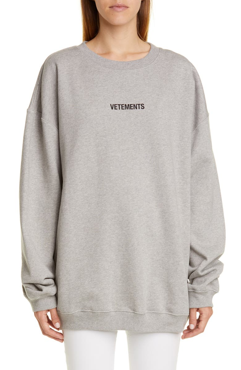 VETEMENTS Tag Detail Logo Sweatshirt, Main, color, GREY MELANGE
