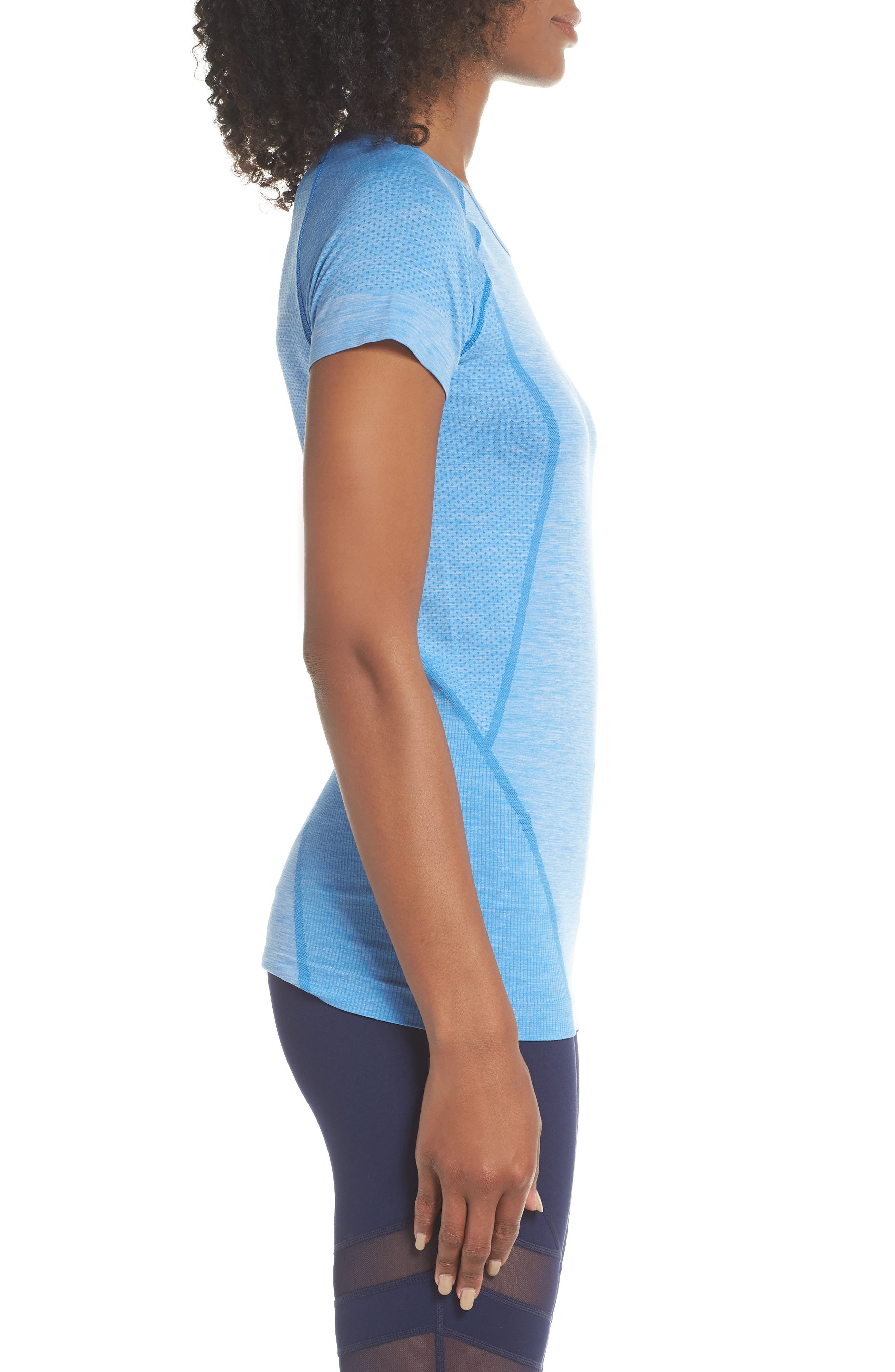 ,                             Stand Out Seamless Training Tee,                             Alternate thumbnail 22, color,                             451