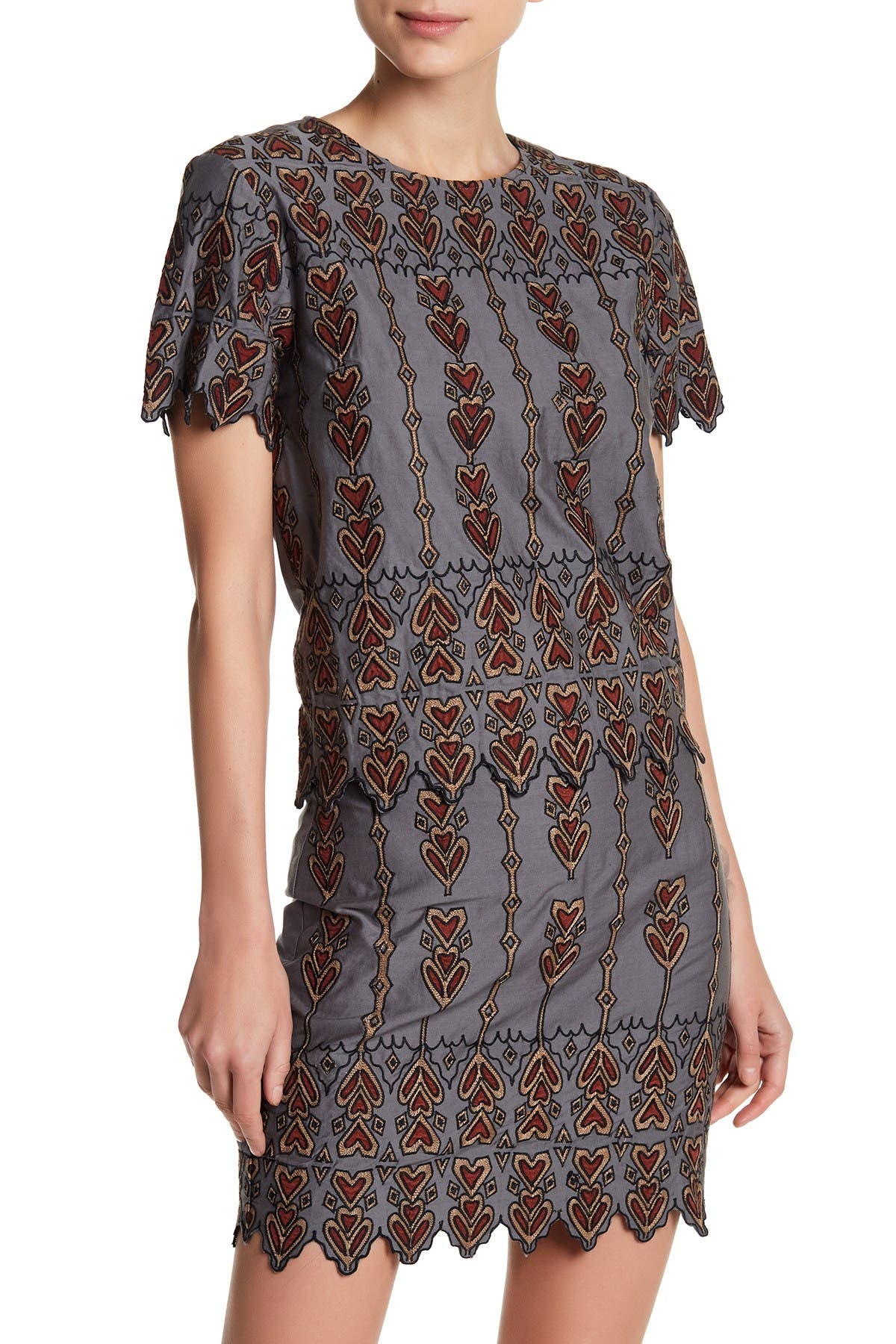 Image of endless rose Embroidered Zig Zag Trim Blouse