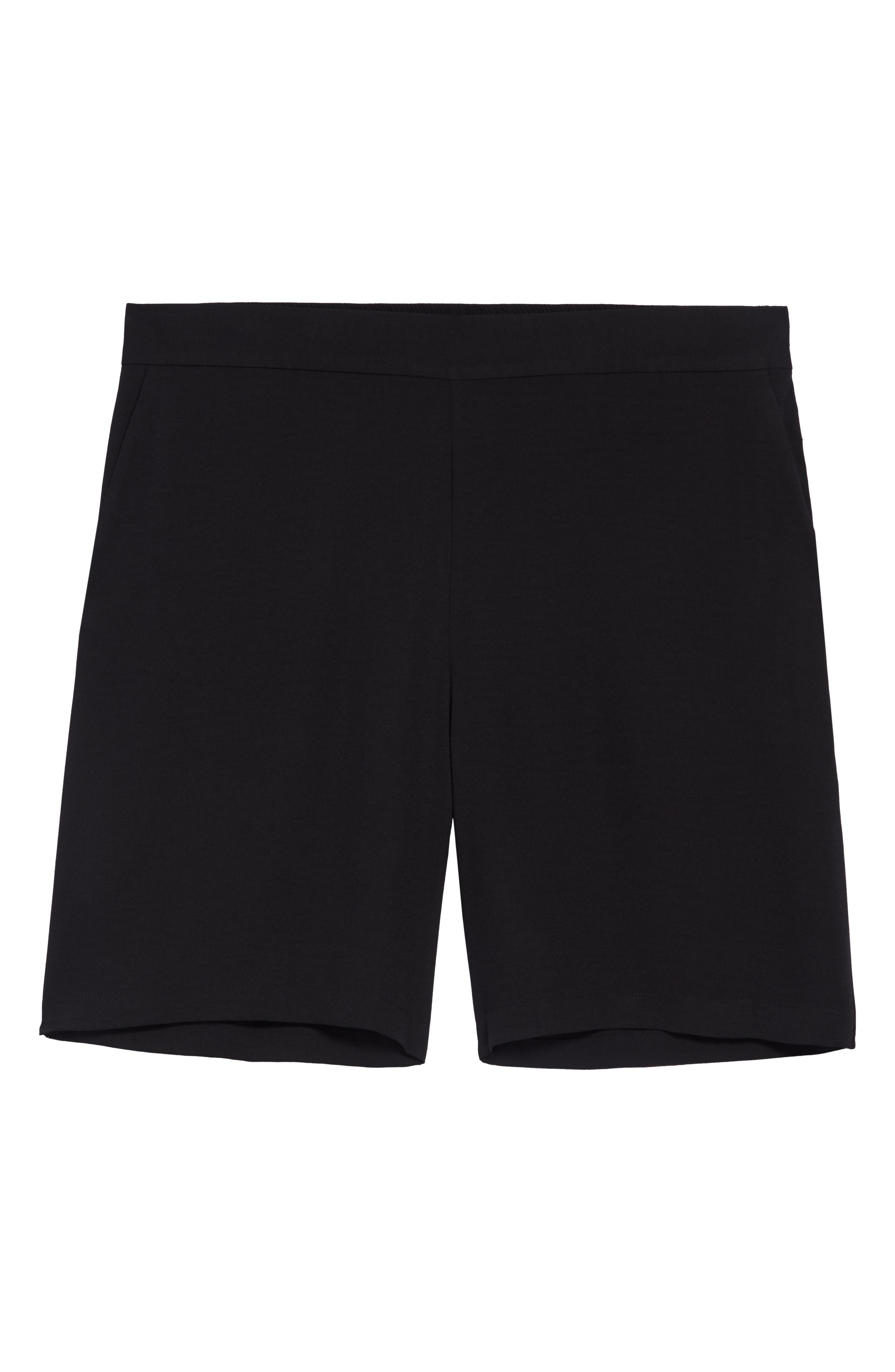 Gathered detailing shapes the back of easygoing Bermuda shorts that go from sunny days to warm nights out. Style Name: Halogen Gathered Bermuda Shorts. Style Number: 5988048. Available in stores.