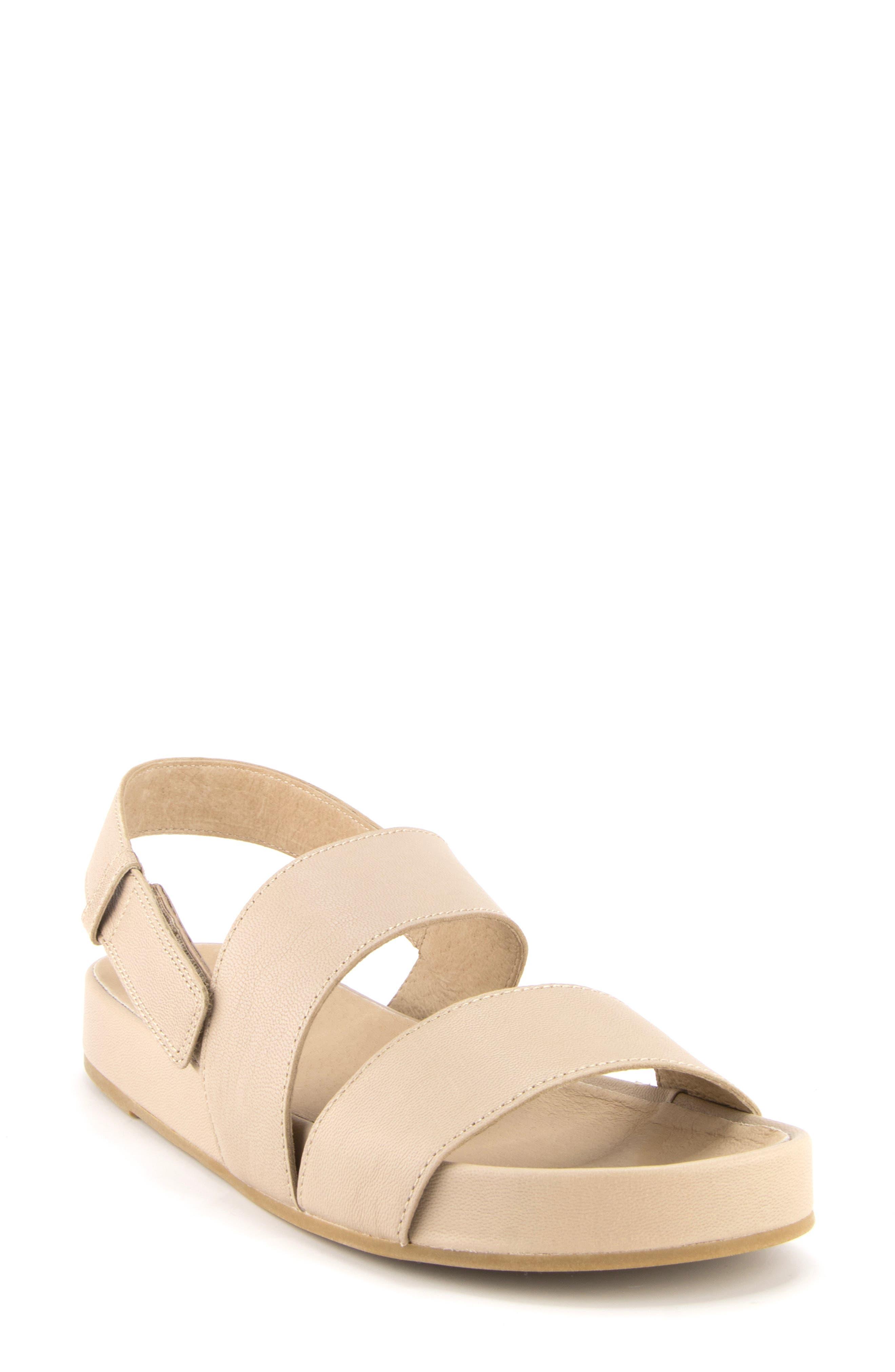 Women s Eileen Fisher Curve Sandal E5175