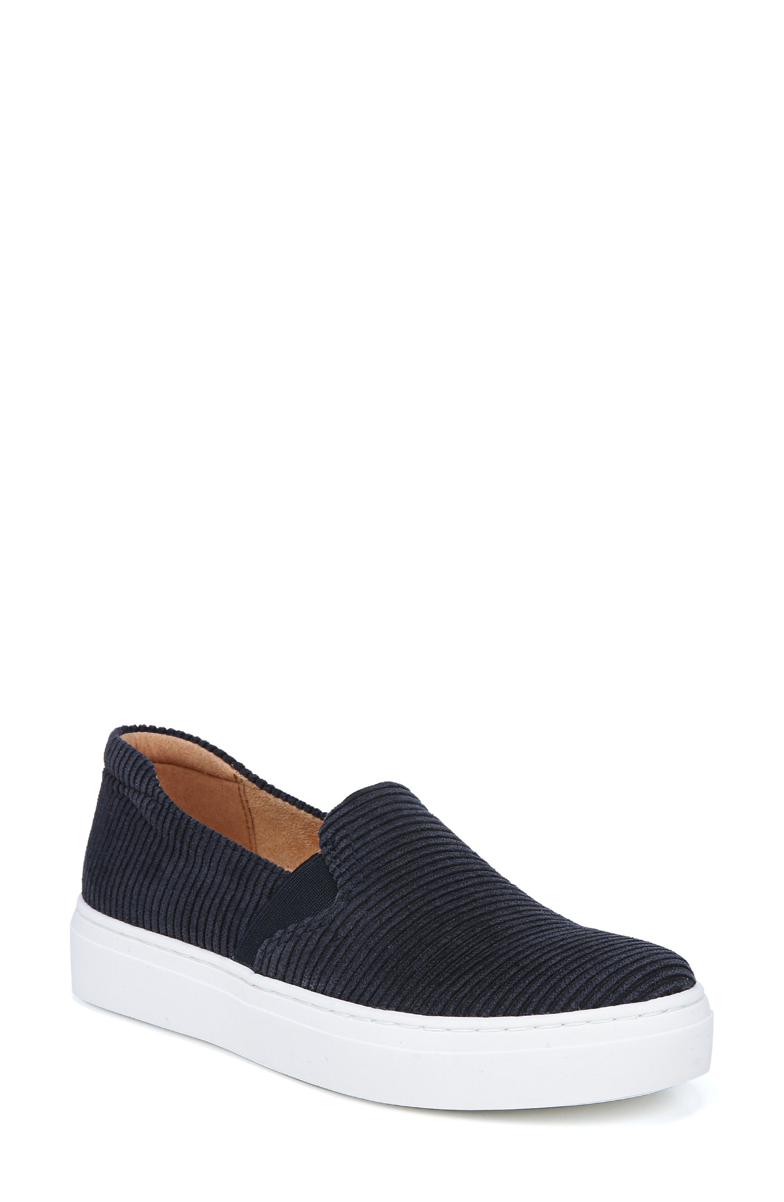 Naturalizer Carly Slip-On Sneaker- Blue