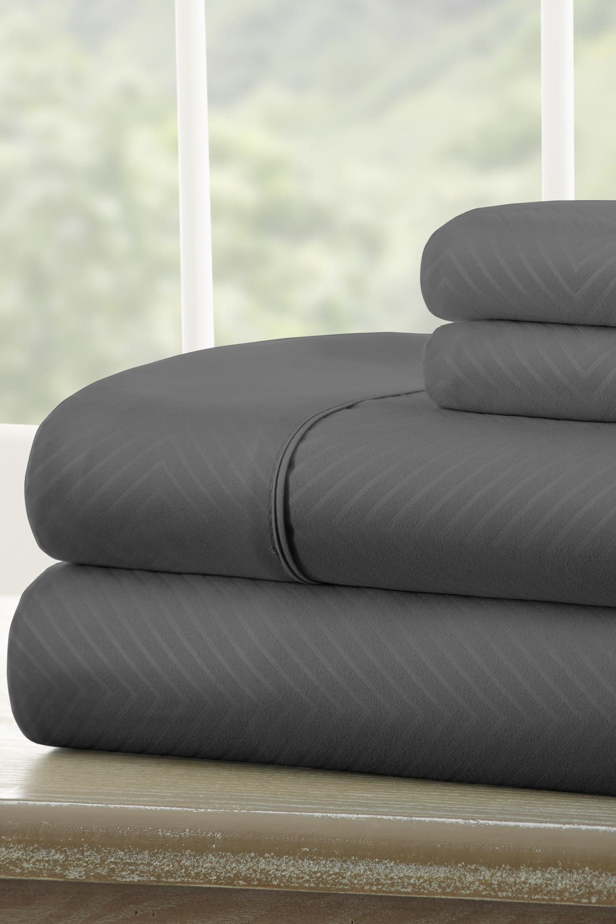 Image of IENJOY HOME Full Hotel Collection Premium Ultra Soft 4-Piece Chevron Bed Sheet Set - Gray