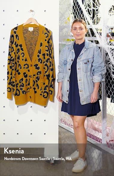 Leopard Pattern Cardigan, sales video thumbnail