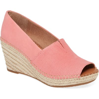 Gentle Souls By Kenneth Cole Charli Wedge Sandal- Pink