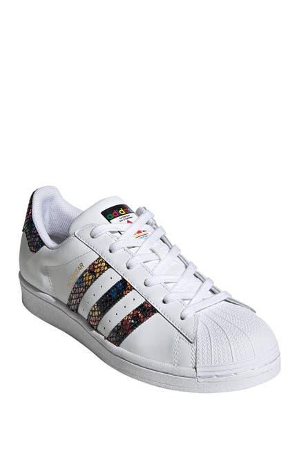 Image of adidas Superstar W Sneaker