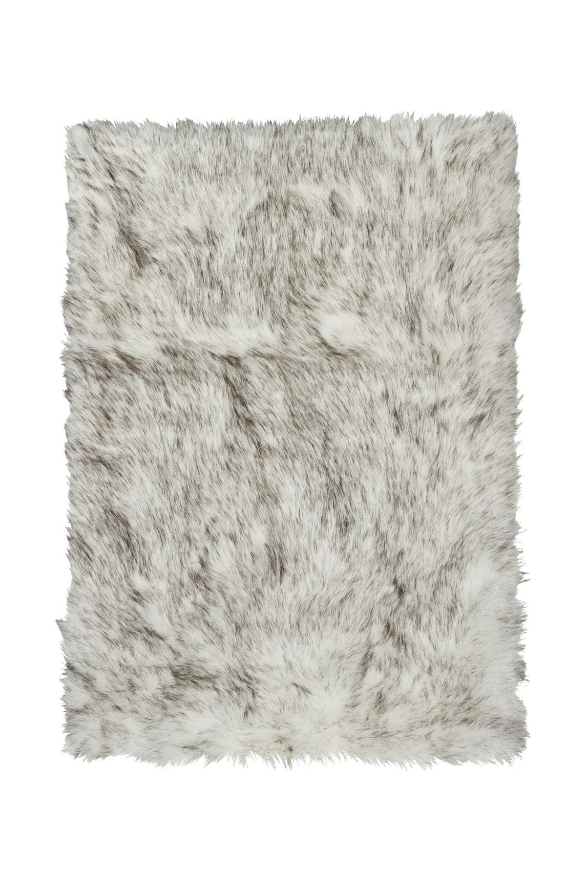 Image of LUXE Hudson Faux Fur Rug/Throw - 3ft. x 5ft - Gradient Gray