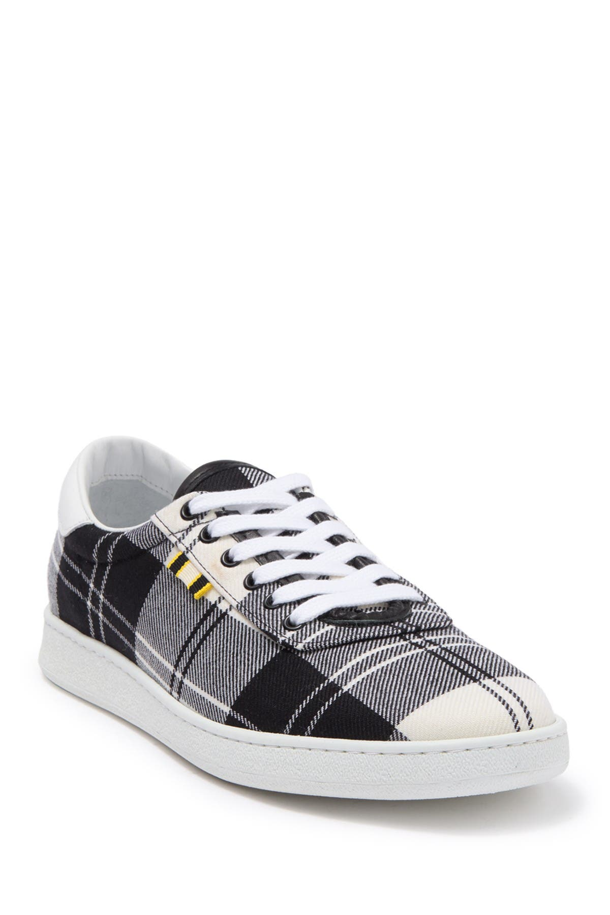 Image of Aprix Canvas Sneaker
