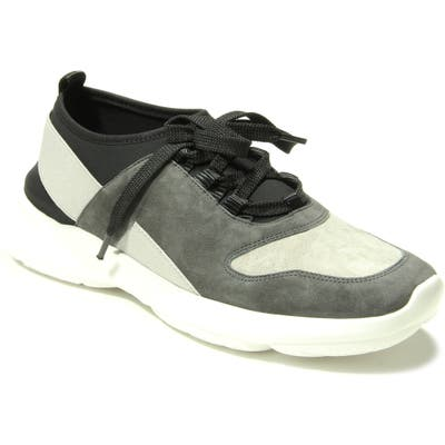 Vaneli Arcis Sneaker- Grey