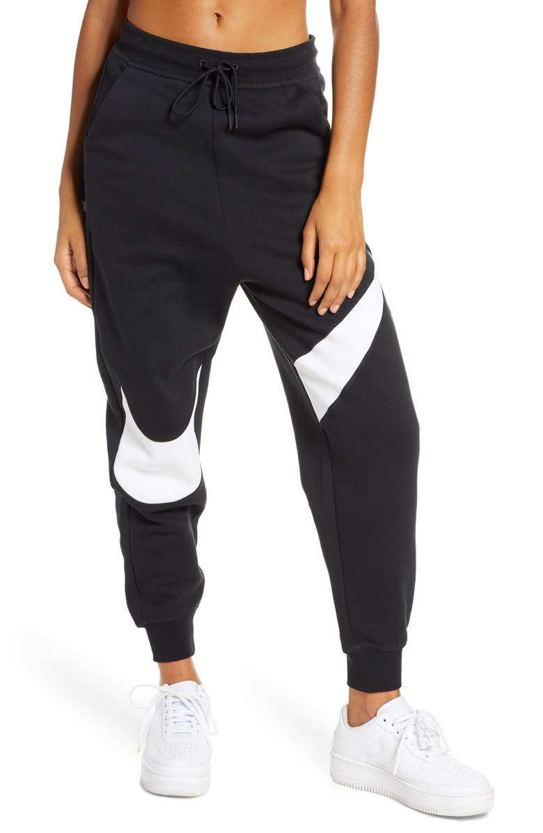 Sportswear Swoosh Women's Fleece Pants by Nike