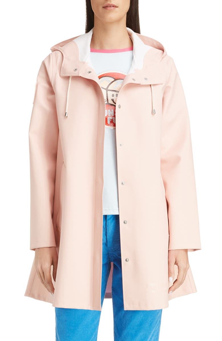 THE MARC JACOBS MARC JACOBS x Stutterheim x New York<sup>®</sup> Magazine The Raincoat Hooded Jacket, Main, color, PALE PINK