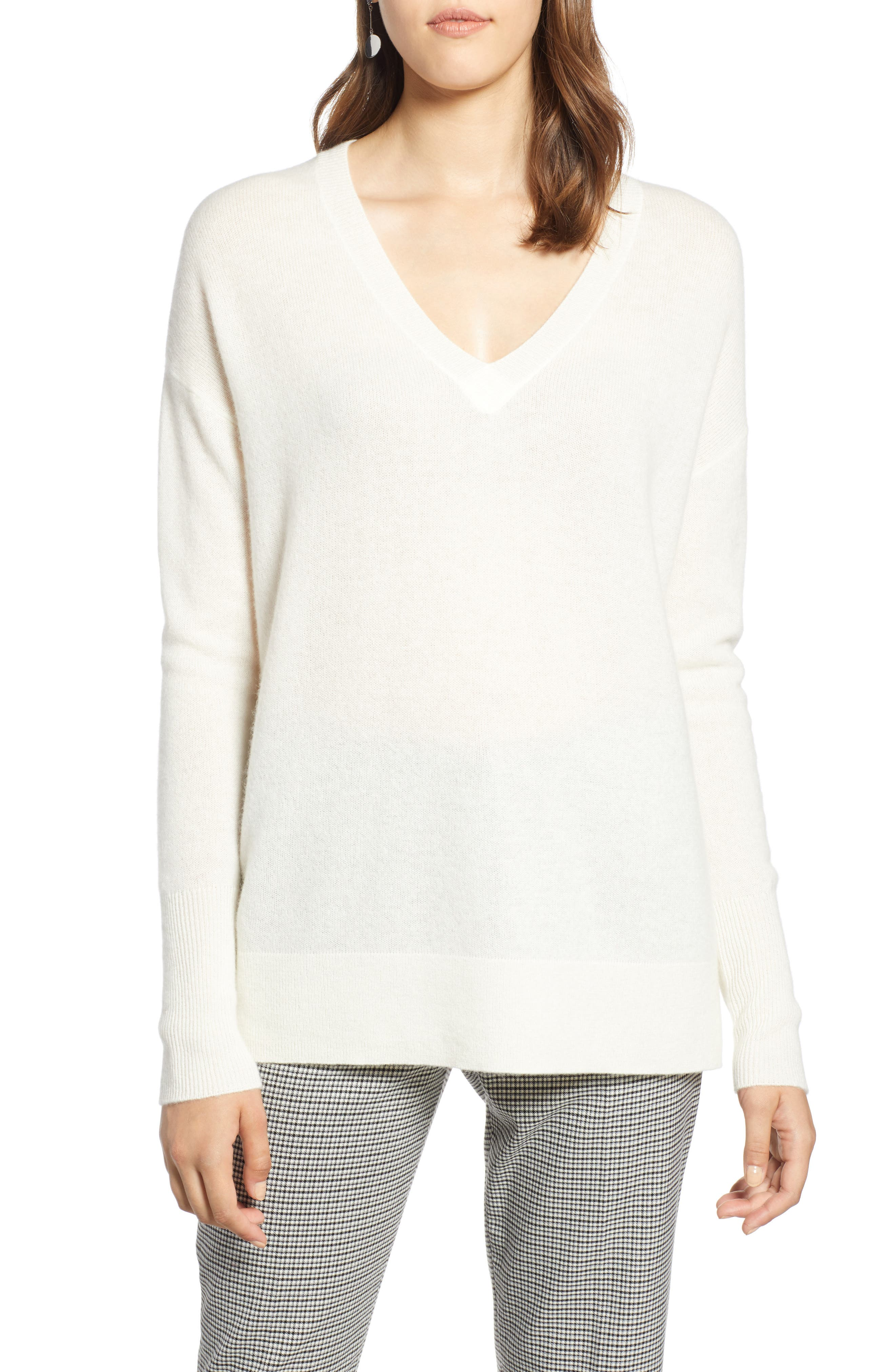 ,                             Relaxed V-Neck Cashmere Sweater,                             Main thumbnail 79, color,                             900