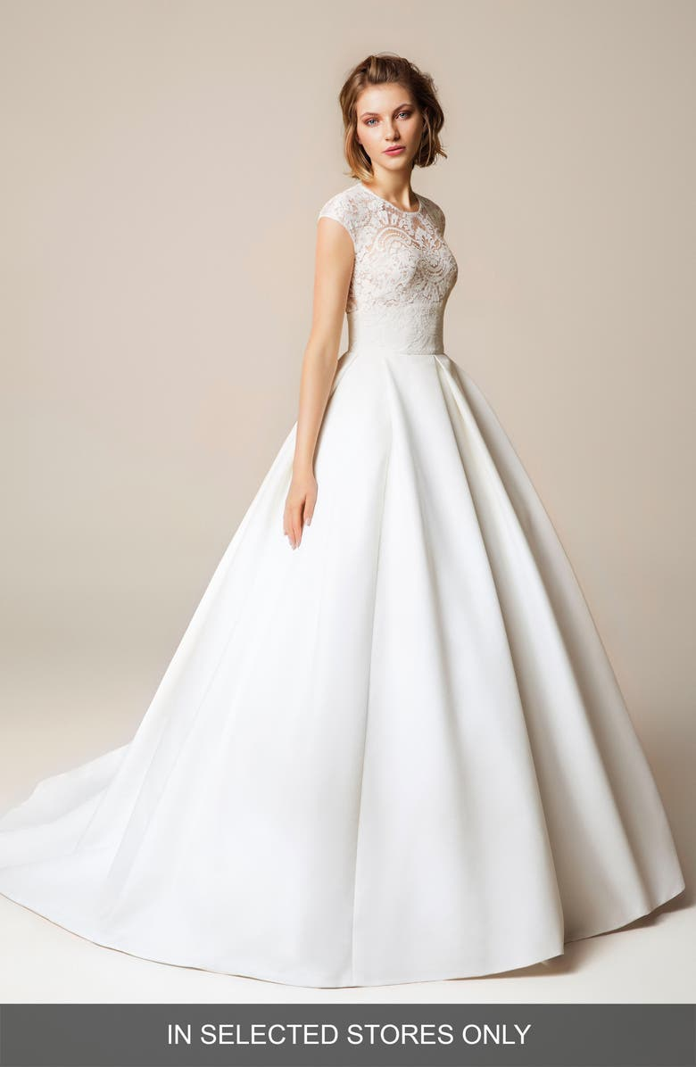 JESÚS PEIRÓ Lace Cap Sleeve Open Back Wedding Dress, Main, color, OFF WHITE