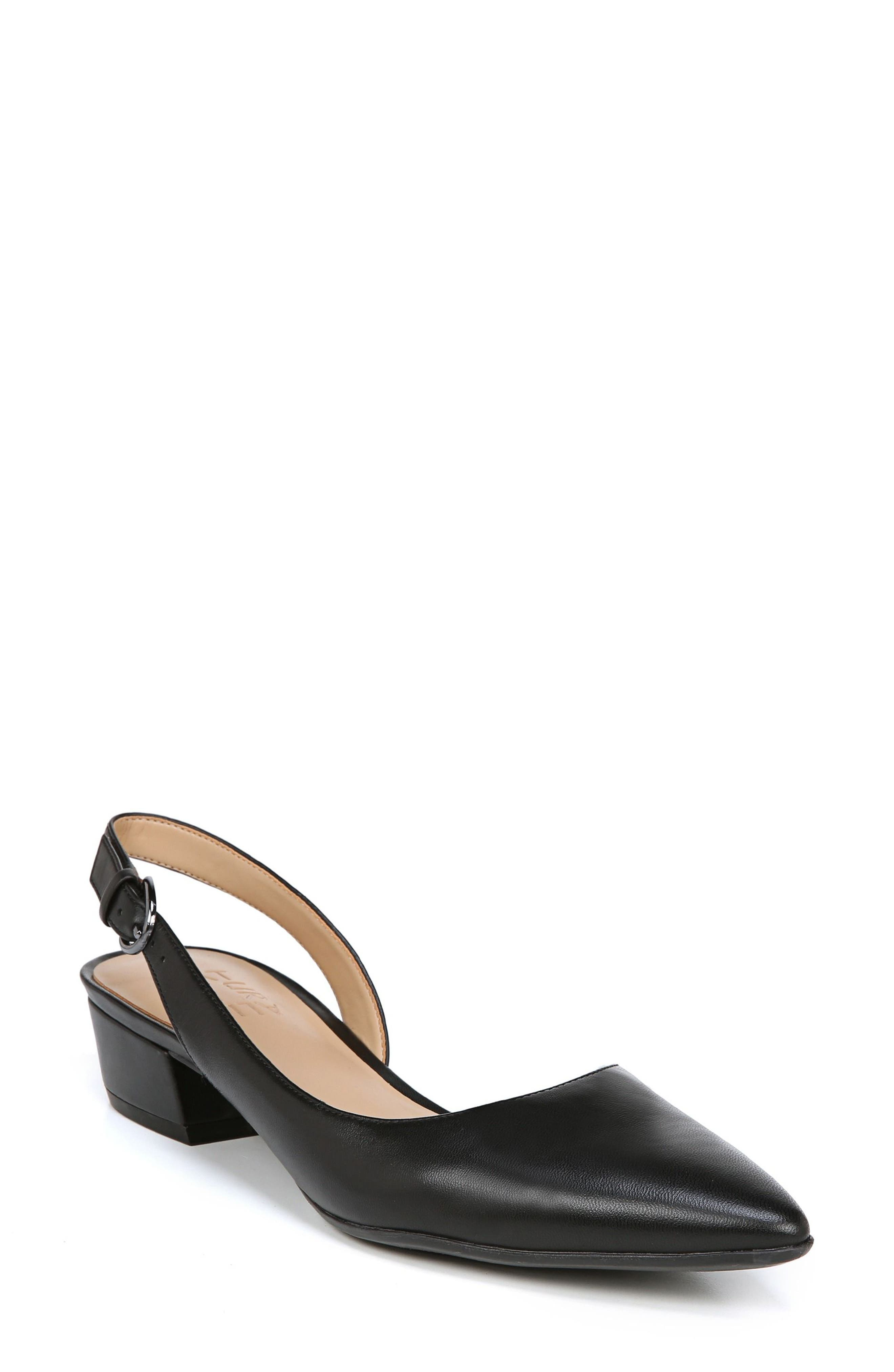 Naturalizer Banks Pump, Black