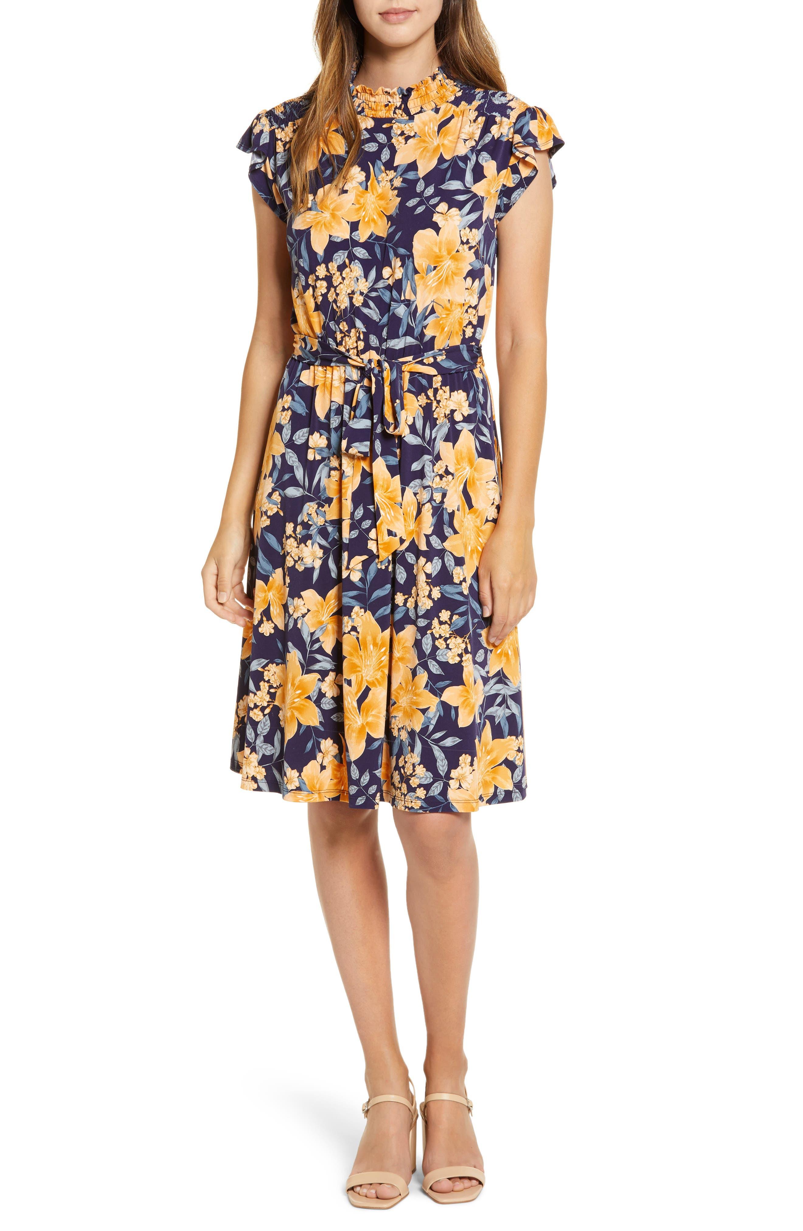 Vintage Style Dresses | Vintage Inspired Dresses Womens Maggy London Floral Print Belted A-Line Dress $69.00 AT vintagedancer.com