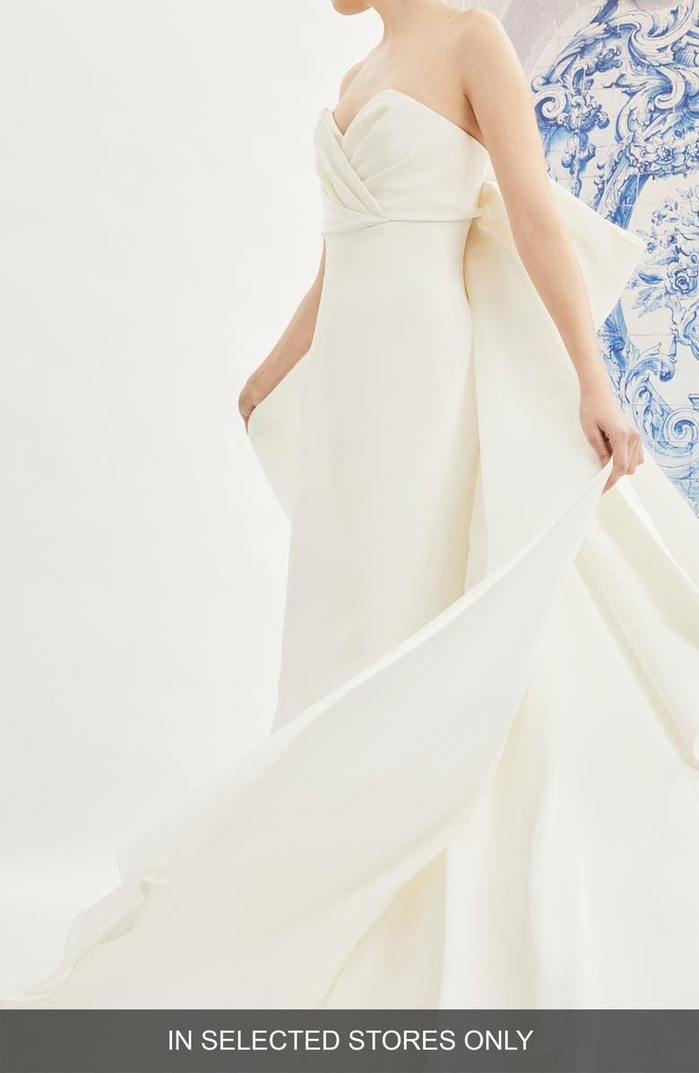 Carolina Herrera Indira Bow Back Detail Strapless Wedding Dress