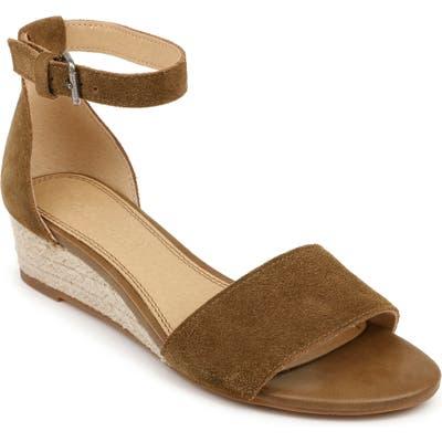 Splendid Aria Wedge Sandal- Brown